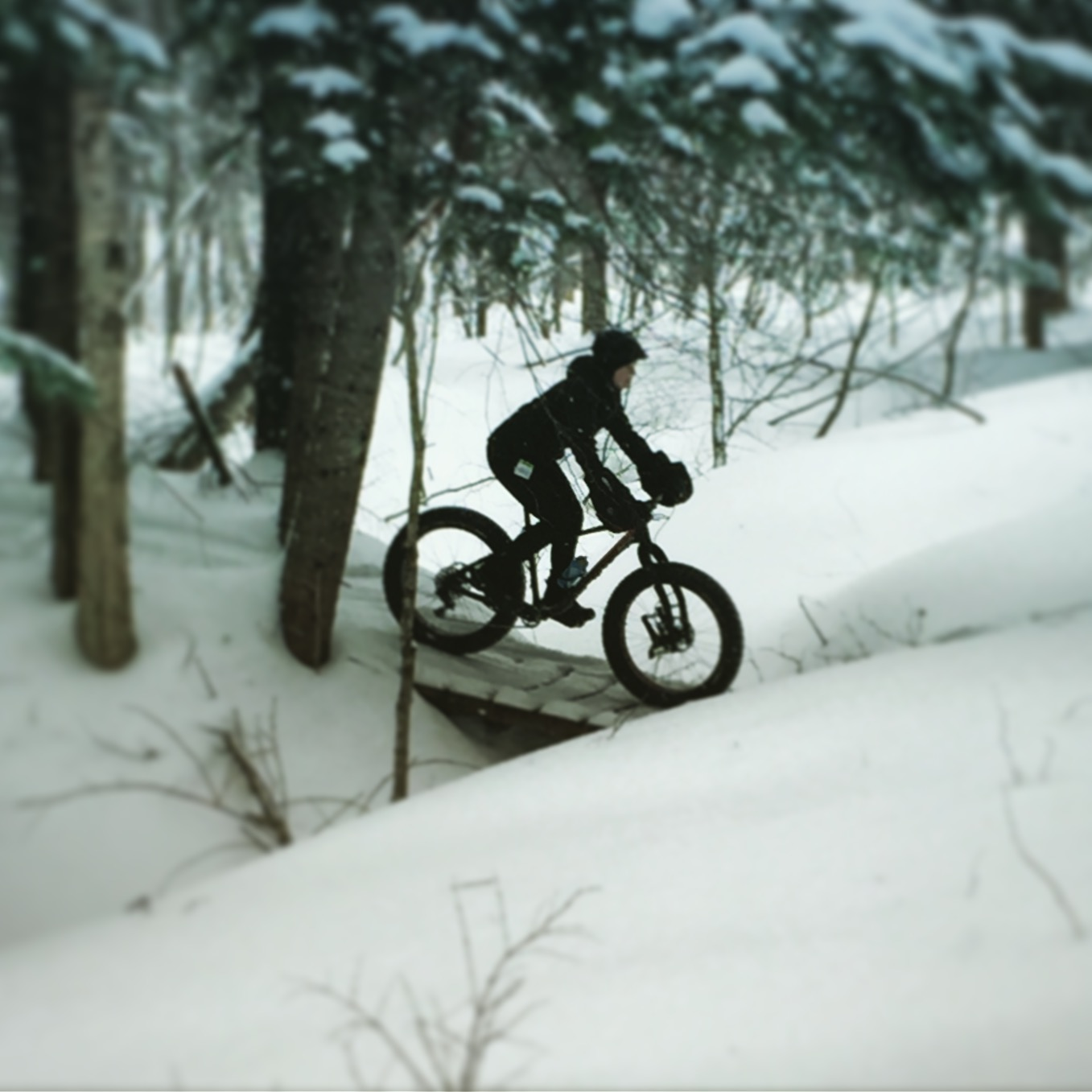 rester au chaud sur son fatbike v lo mont tremblant. Black Bedroom Furniture Sets. Home Design Ideas